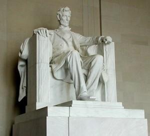 mr.money statue