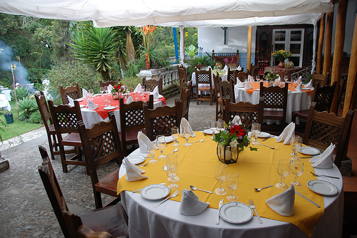 hacienda-cusin-dining