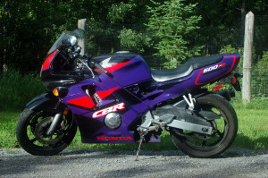 CBR600F2_leftSide